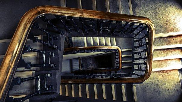 Com mantenir les escales i comunitats de veïns, netes.