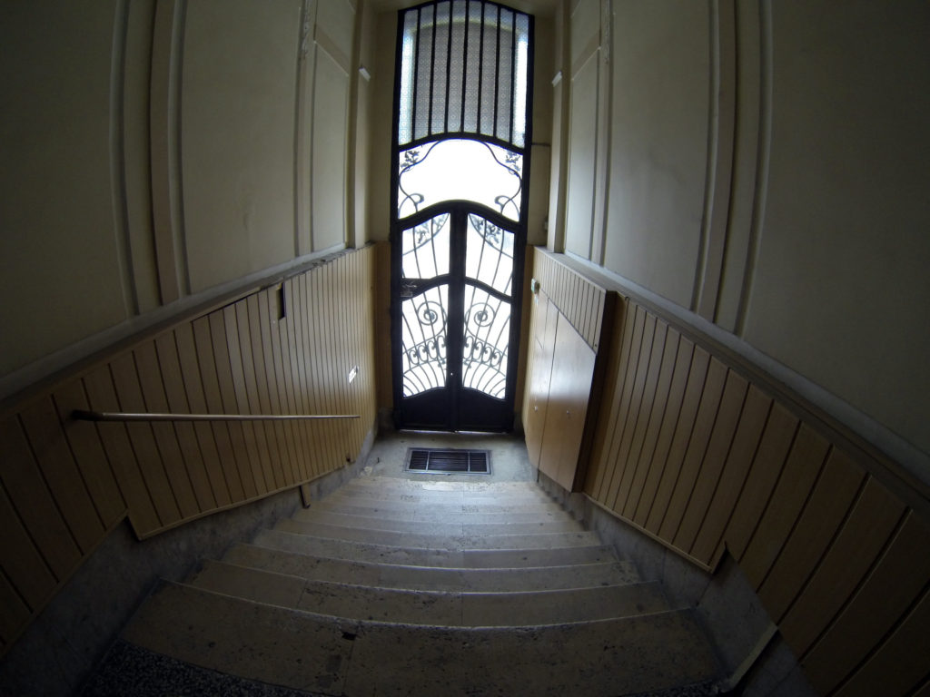 ¿cómo hacer la limpieza de escaleras de una comunidad de vecinos?