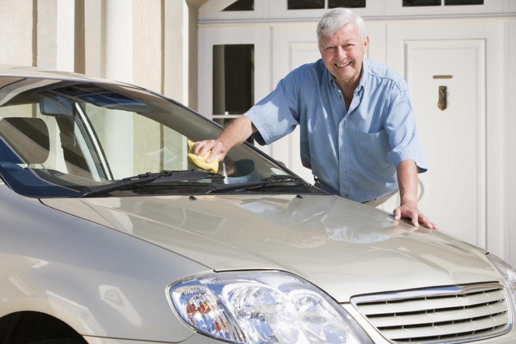 9 trucos para limpiar un vehículo de forma eficiente