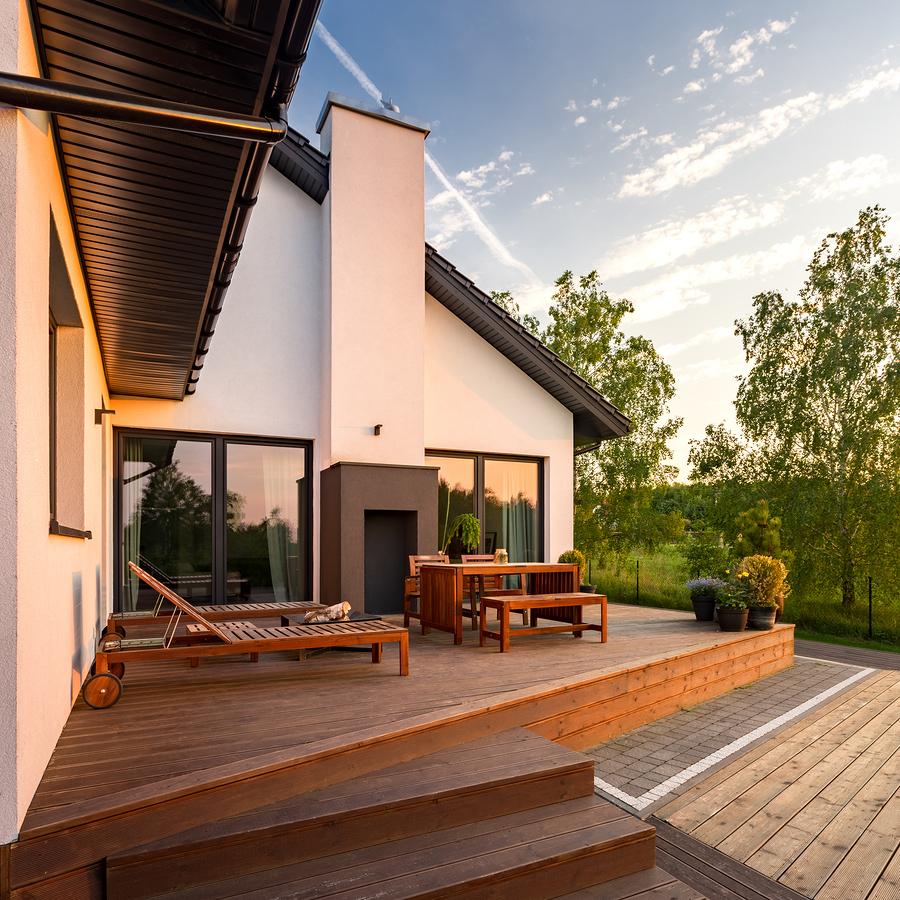 Limpieza de una terraza exterior y consideraciones